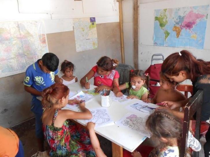 Des enfants roms