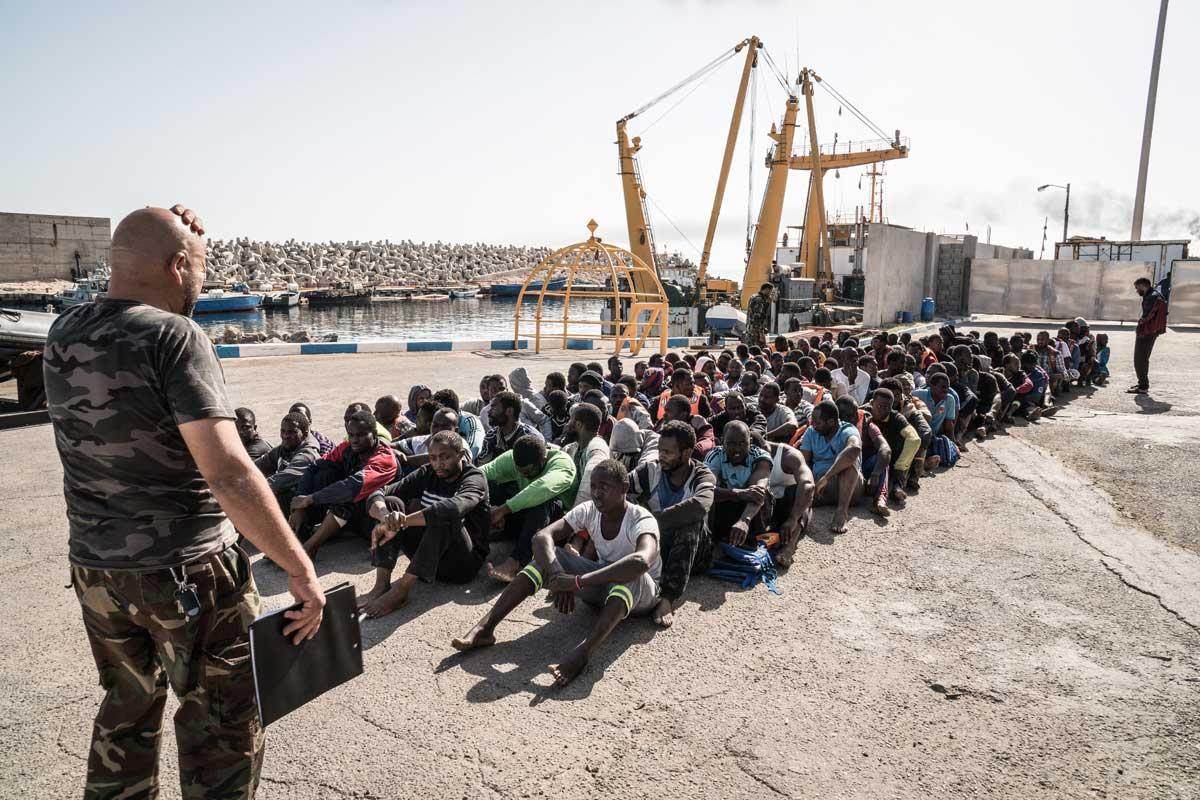 Réfugiés dans un centre de détention en Libye